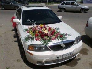 оформление свадебного кортежа, оформление свадебных машин, цветочный дизайн