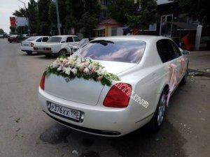 оформление машин цветам, оформление свадебного кортежа, оформление свадебных машин