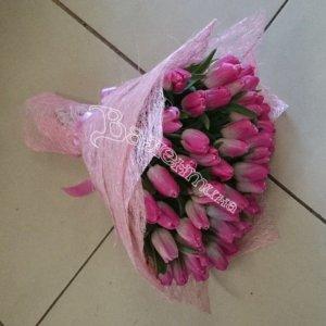 букет девушке, цветы в Махачкале,подарить цветы