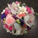 подарить цветы, букет девушке, цветы в Махачкале