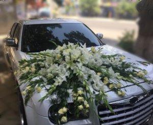 оформление свадебных машин, свадьба,цветочный дизайн