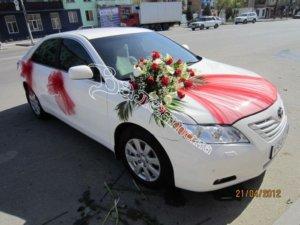 оформление машин цветам, оформление свадебного кортежа, цветочный дизайн