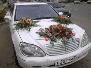 оформление машин цветам, оформлдение свадебного кортежа, оформление свадебных машин, машины на свадьбу