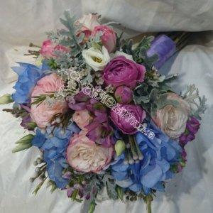 букет девушке, цветы в Махачкале,купить букет