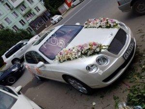 оформление машин, цветочный дизайн, оформление машин цветам, оформлдение свадебного кортежа