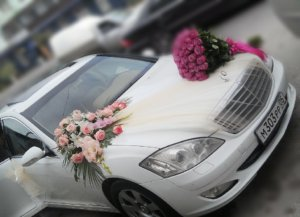 цветочное оформление машин , свадьба, машины на свадьбу