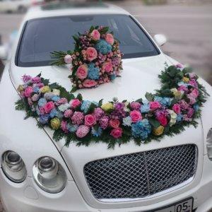 цветочный дизайн, оформление свадебного кортежа