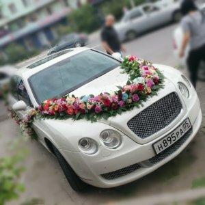 цветочный дизайн, оформление свадебных машин